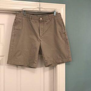 Vineyard Vines shorts. Men's size 36.
